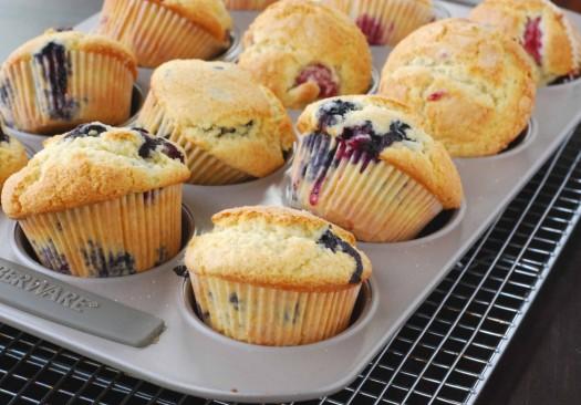 blueberry-muffin-gwyn-2-1024x715.jpg